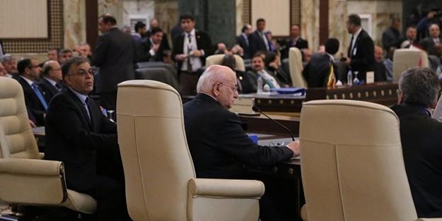 İran'da o toplantı başladı... Ruhani'den çağrı geldi...