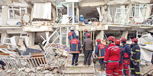 """İş dünyası Elazığ için kenetlendi! """"Depremde kaybettiklerimizin acısı, yüreğimizi yaktı"""""""