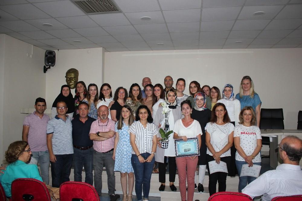 İşaret dili kursiyerlerine sertifikaları verildi