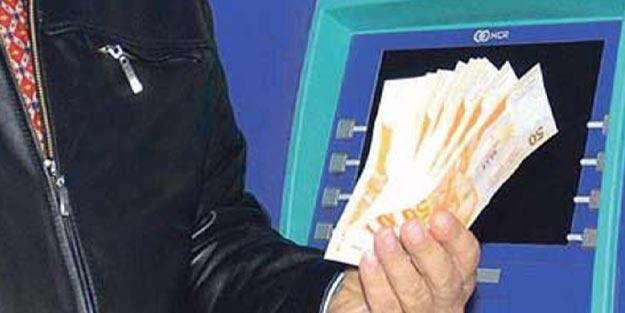 İşçilerin ücretleri banka aracılığı ile ödenmek zorunda mıdır?