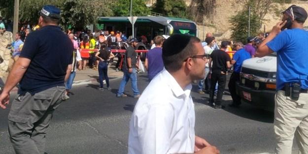 İşgal altındaki Kudüs'te silahlı saldırı: 3 ölü