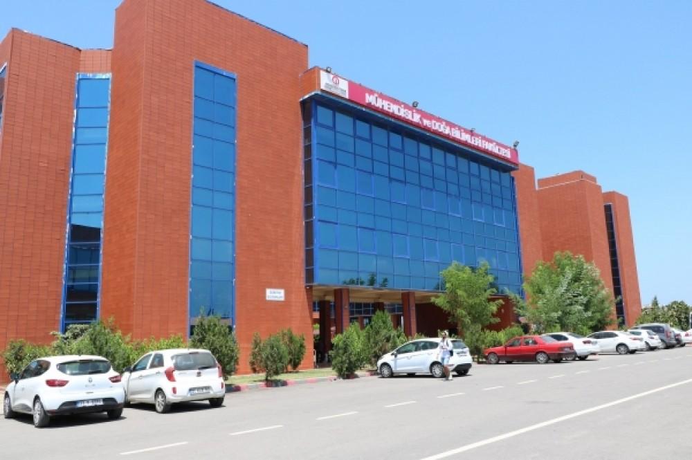İskendurun Teknik Üniversitesi (İSTE) hız kesmiyor