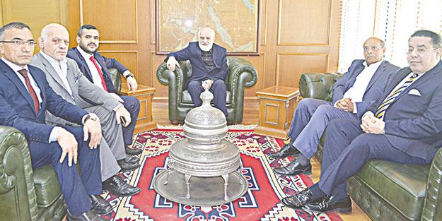 İslam ülkelerinin liderlerinden Akit'e ziyaret