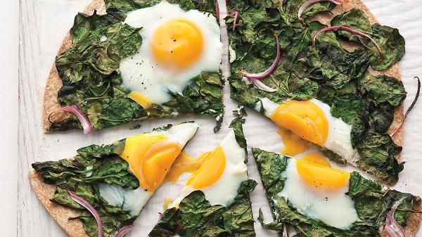 Ispanaklı yumurtanın yanına ne gider? Ispanaklı yumurtanın yanına ne pişirilir?