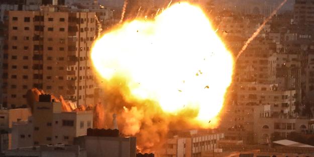 İsrail, Filistin İçişleri Bakanlığı binasını vurdu