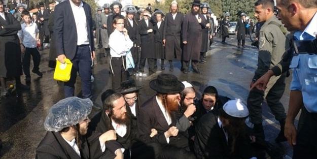 İsrail polisi, Haredi Yahudilerine saldırdı!