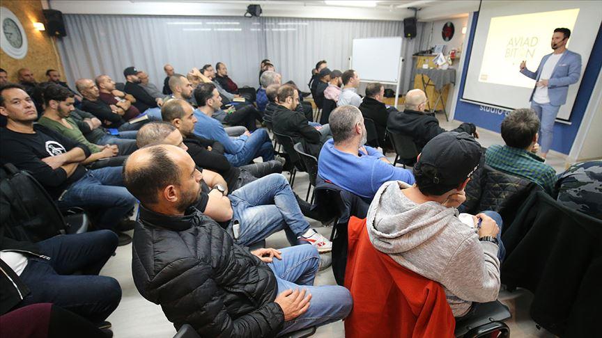 İsrailliler kalite ve fiyat avantajı nedeniyle saç ektirmek için Türkiye'ye akın ediyor