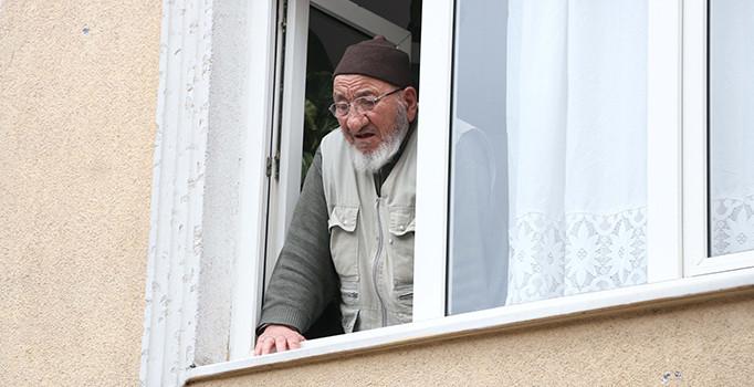İstanbul Fatih'te 80 yaşındaki yaşlı kadın bıçaklanarak öldürüldü
