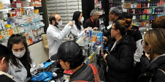 İstanbul Havalimanı'nda Koronavirüs alarmı! Maske satışı patladı