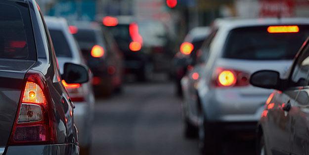 İstanbul trafiği alarm veriyor