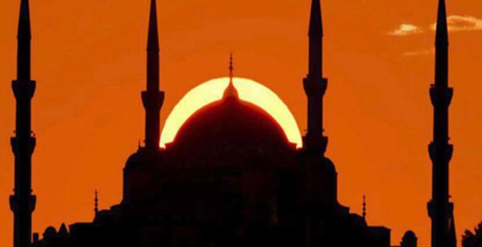 İSTANBUL ÜSKÜDAR'DA HİCRİ YENİ YIL ETKİNLİĞİNE DEV KATILIM