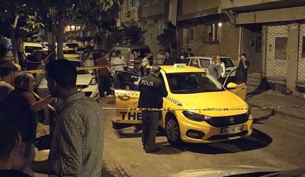 İstanbul Zeytinburnu'nda dehşet: Boğazından bıçakladı