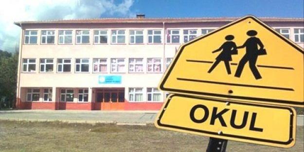 İstanbul'da okullar bugün tatil mi? İstanbul'da bugün hangi ilçelerde okullar tatil? İstanbul'da tatil olan okullar hangileri?
