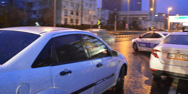 İstanbul'da nefes kesen takip! E-5 trafiğe kapatıldı