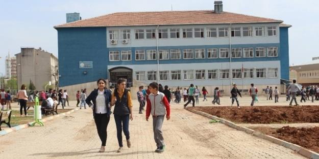 İstanbul'da okullar tatil mi edildi? Deprem sonrası okullar tatil oldu mu?