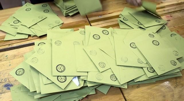 İstanbul'da oy sayımı durduruldu