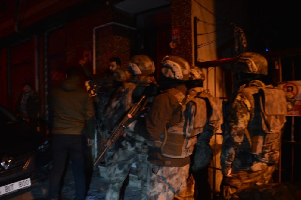 İstanbul'da torbacılara yönelik narkotik operasyonu gerçekleştirildi