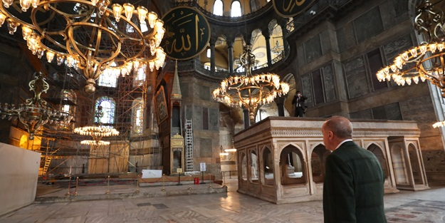 İşte Ayasofya Camii'nin halısı!