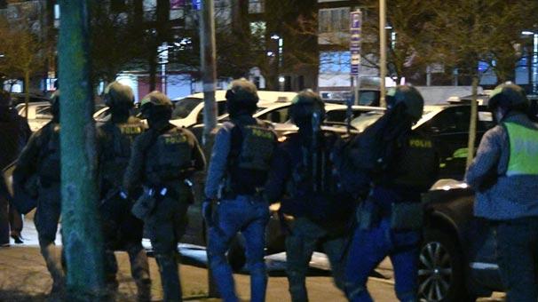 İsveç'te polis karakoluna bombalı saldırı