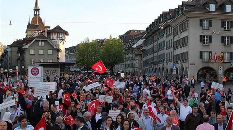 İsviçre'de yaşayan Türklerden Blick'e tepki!