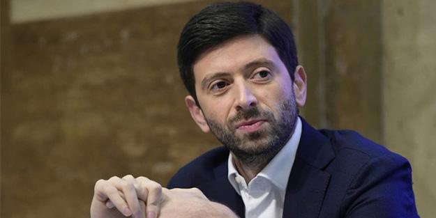 İtalya Sağlık Bakanı'ndan aşı açıklaması: 3. dalga kapıda bekliyor