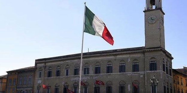 İtalya'dan 13 ülkeye giriş yasağı