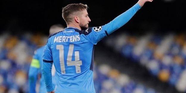 İtalyan medyası duyurdu! Galatasaray'dan Mertens hamlesi