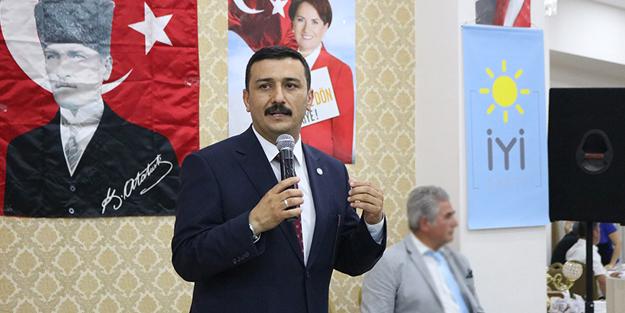 İYİ Parti Bursa İl Başkanı Selçuk Türkoğlu Fetullah Gülen'i takip etti!