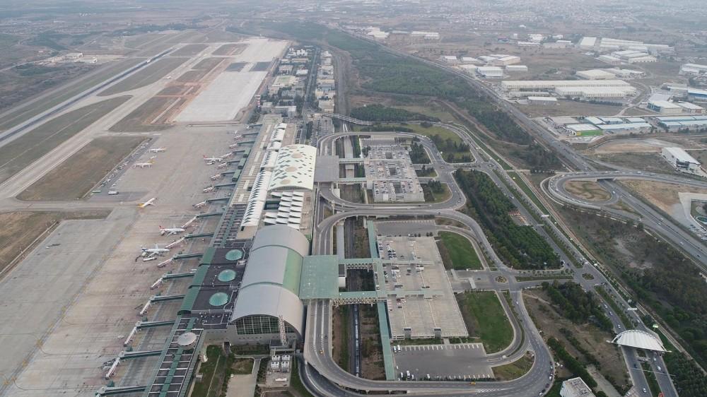 İzmir Adnan Menderes Havalimanı'na yeni uçak park alanı