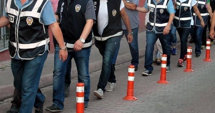 İzmir'de 10 kişiye tutuklama!