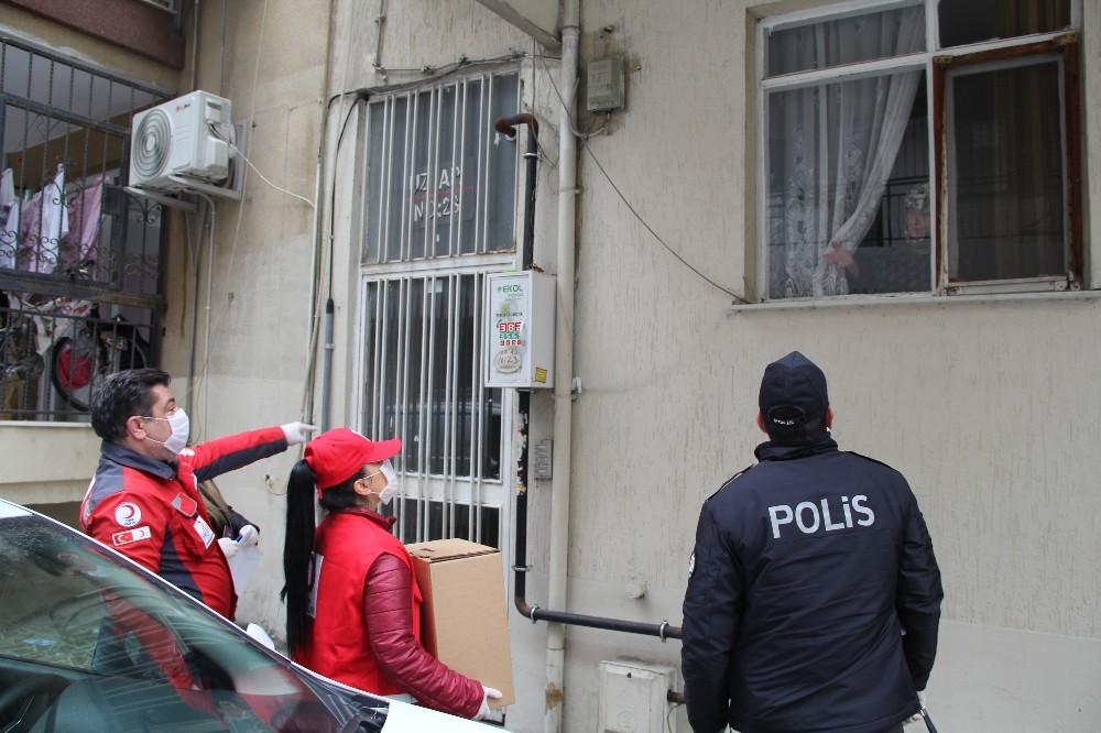 İzmir'de 287 vatandaşa gıda yardımı
