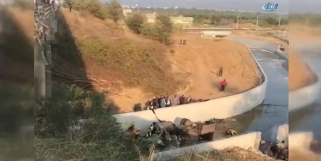 İzmir'de feci kaza! 18 kişi hayatını kaybetti