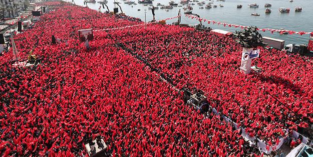 İzmir'de tarihi miting, tarihi kalabalık!
