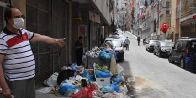 İzmir'de tiksindiren görüntüler! Vatandaş belediyeye isyan etti