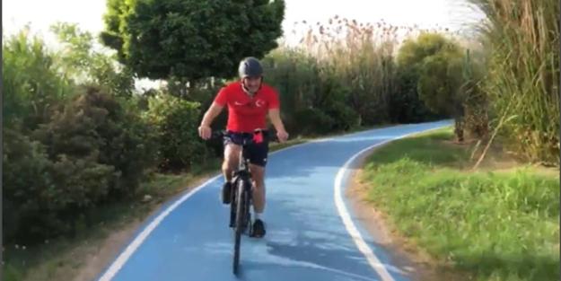 İzmir'in sorunları kimin umrunda? Tunç Soyer bisiklet sefasında!