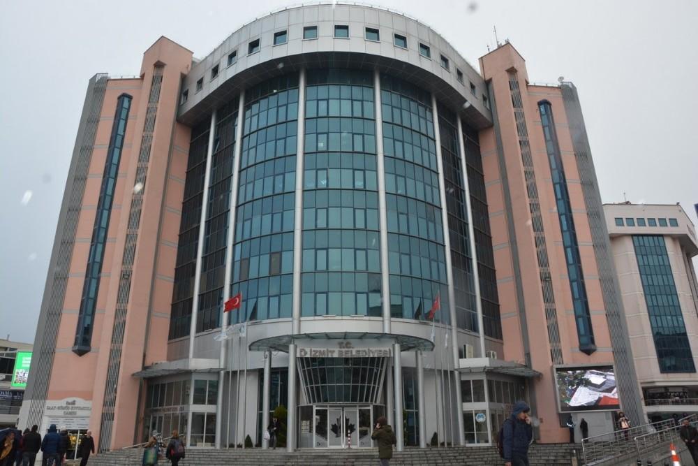 İzmit Belediyesi, personel alımlarını erteledi