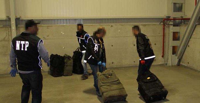 İzmit'te uyuşturucu operasyonu: 300 kilo kokain ele geçirildi