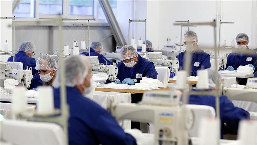 Jandarma günde 100 bin maske üretiyor