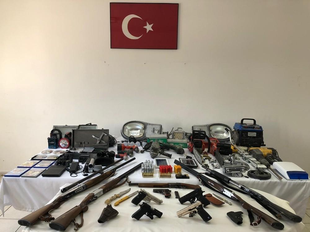 Jandarmadan silah hırsızlarına operasyon