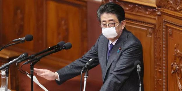 Japonya'da her eve iki maske