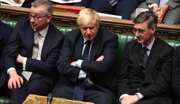 Johnson yeniden 'erken seçim' deneyecek