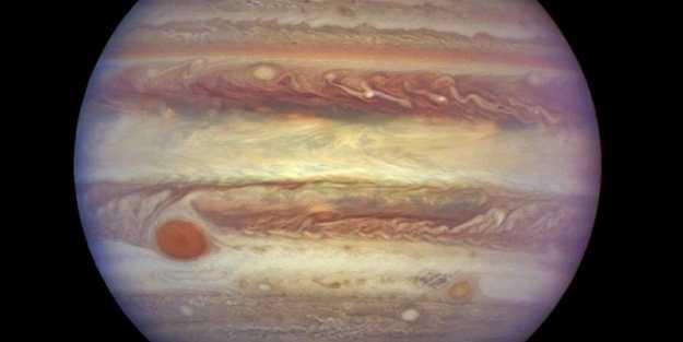 Jüpiter'in uyduları neden olması gerekenden sıcak? Cevabı bulundu