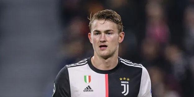 Juventus'un yıldız oyuncusu: Pahalı kıyafet giymediğim için bana gülüyorlar