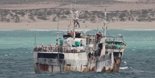 Kaçırılan geminin personeli serbest bırakıldı