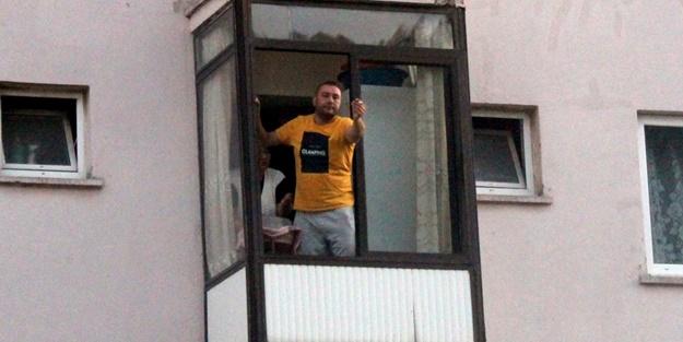 Kaçtığı evin balkonundan polislere böyle seslendi: Hadi gelin de ceza yazın