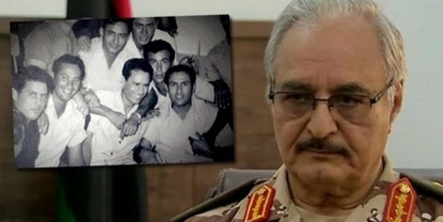 Kaddafi'nin silah arkadaşıydı... Hafter'in CIA ile yolları ne zaman kesişti?