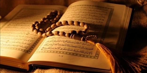 Kadınlar adetliyken (hayız halinde) arefe günü ihlas suresini okuyabilir mi?
