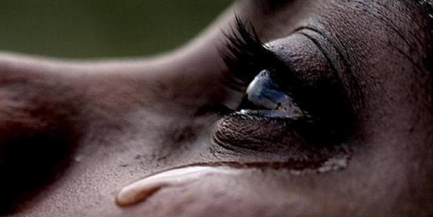 'Kadınların erkeklerden uzun yaşamasının sebebi gözyaşları'