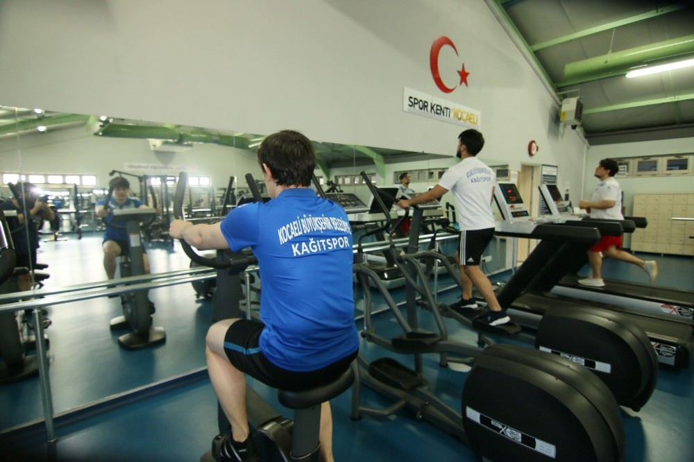Kağıtspor'da kontrollü antrenmanlar başladı