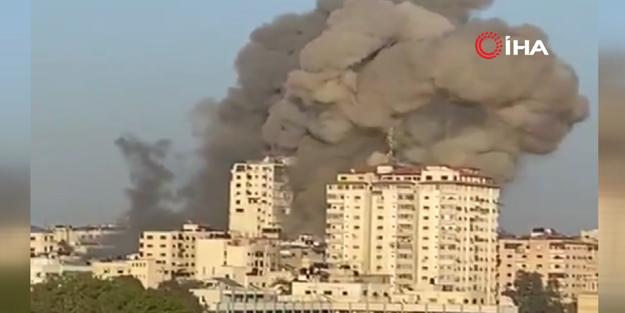 Kahpe siyonistin vurduğu bina böyle yıkıldı!